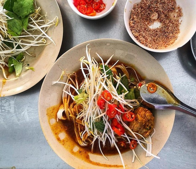 Bánh tằm: a Rustic Delicacy of the Mekong Delta