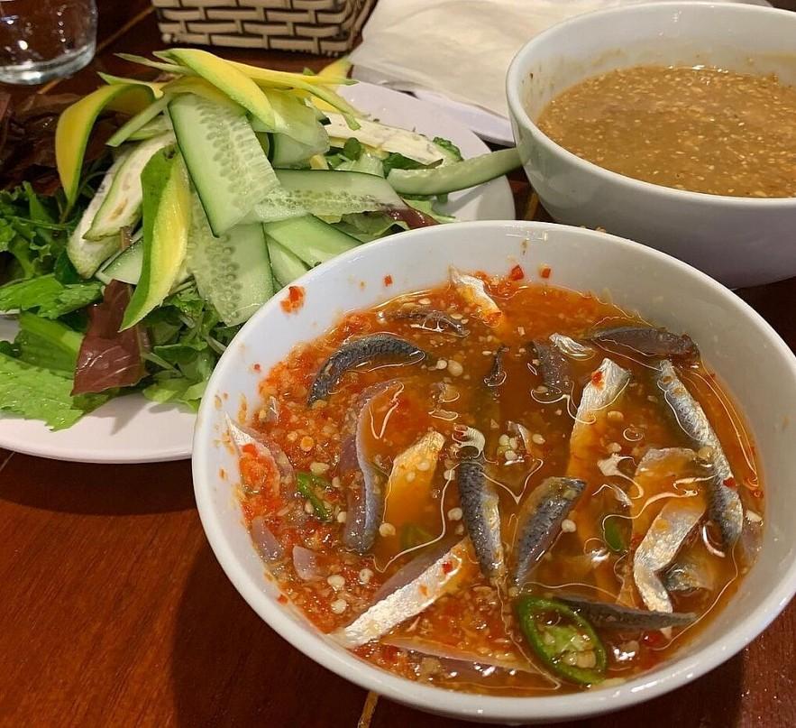 Nam O Ancient Fishing Village's Iconic Raw Fish Salad – A Must-try Dish in Da Nang City