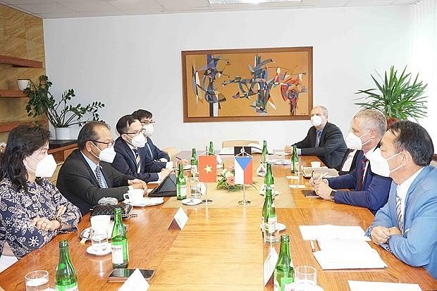 Vietnamese in North Morava Contributes to Czech – Vietnam Relationship