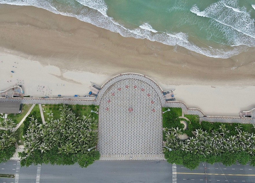 The Beauty of a Quiet Beach in Social Distancing Vung Tau