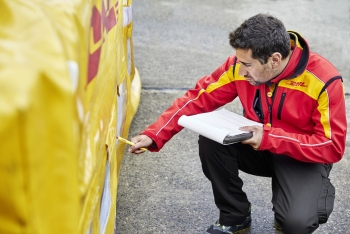 dhl global forwarding ships covid 19 vaccines weekly as new zealand rolls out vaccination program
