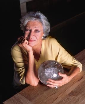 Tiffany's star jewelry designer and philanthropist Elsa Peretti dies in Spain