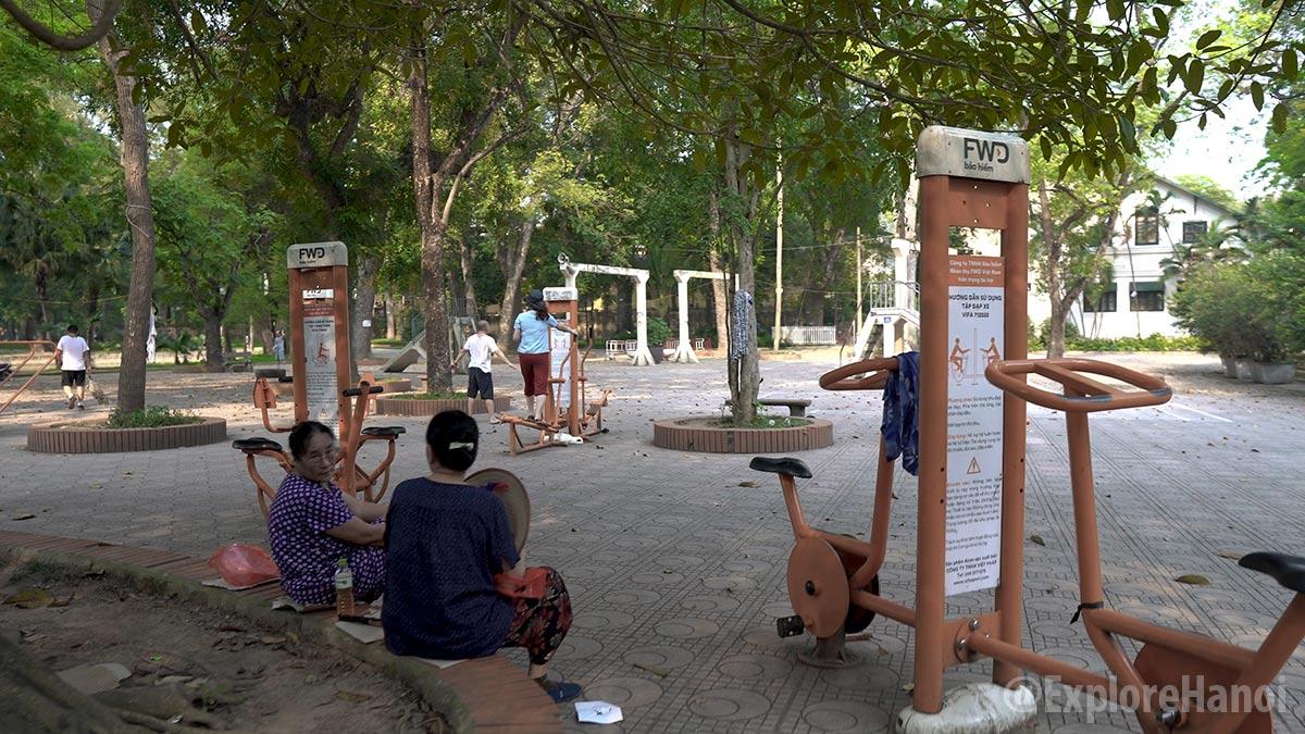 5233 hanoi botanical garden bach thao park 9