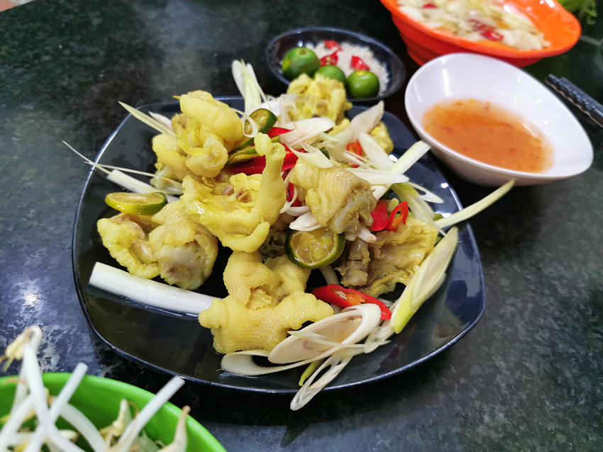 7 unusual Vietnamese food dishes that amaze tourists