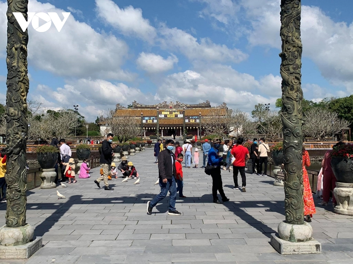 hue relic site one of the unesco recognised sites attracts tourists on lunar new year
