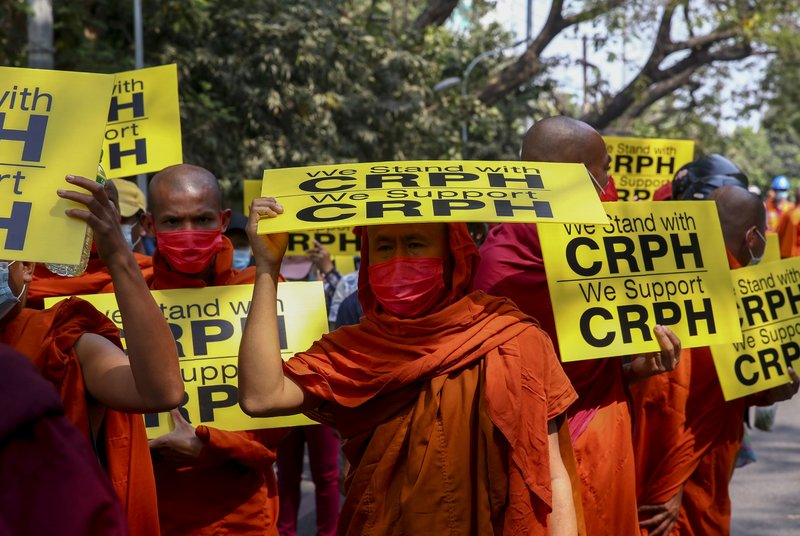 myanmar police cranks up pressure on protests after calls for global action
