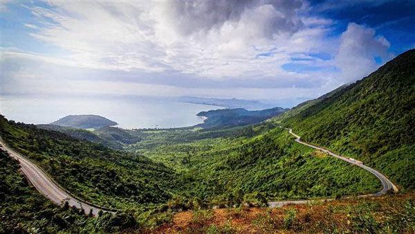 Hai Van Pass - one of the most scenic hillside roads in Vietnam