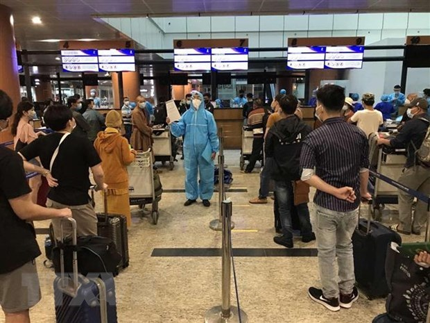 Over 300 Vietnamese citizens flown home from Myanmar amid Covid-19 pandemic