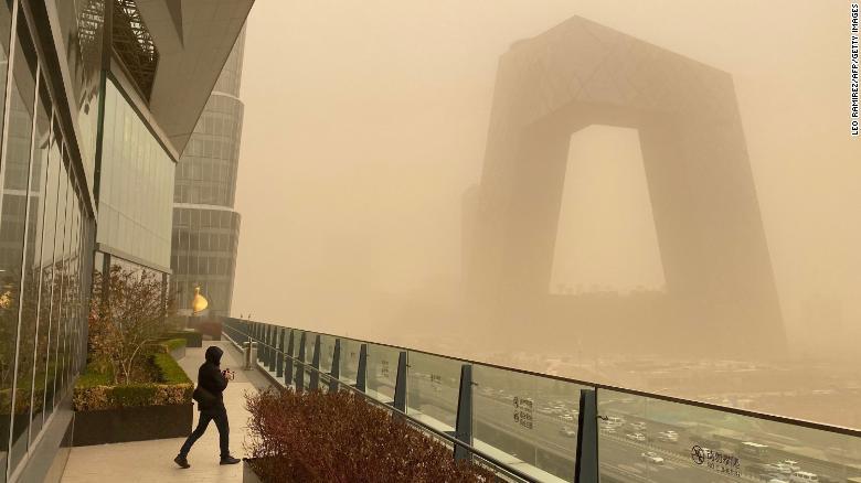 5616-210315013026-03-beijing-sandstorm-0315-exlarge-169