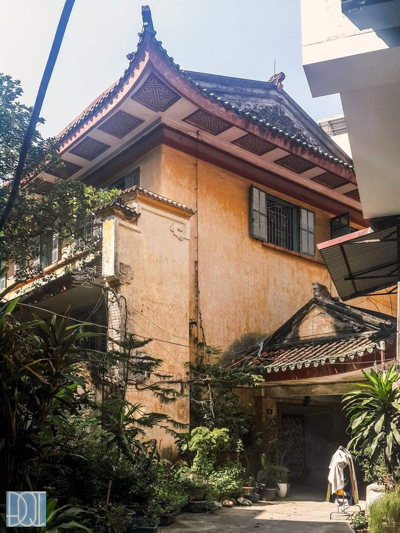 The charming beauty of King Bao Dai's hundred-year old mansion in Ha Noi