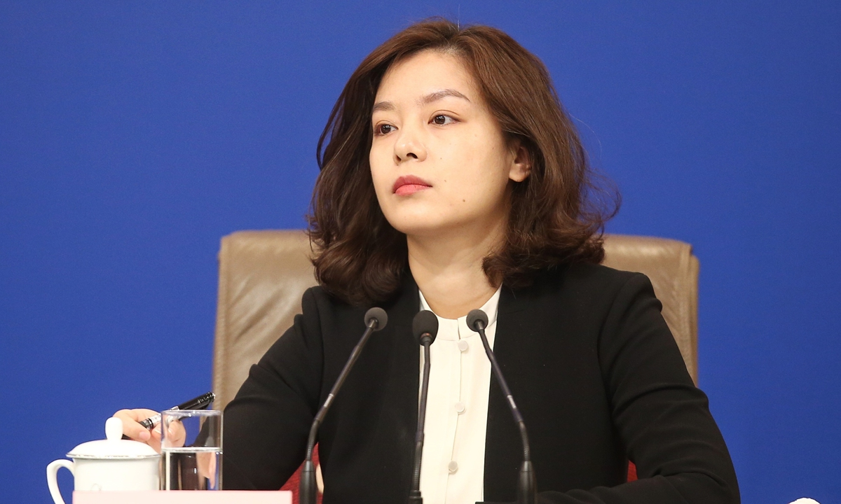 Who is Zhang Jing - Chinese female interpreter at U.S-China talks becomes an Internet hit?