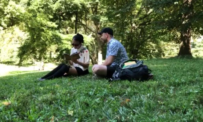 Marcin Sojka proposed to his girlfriend on the grass (Photo: NVCC)