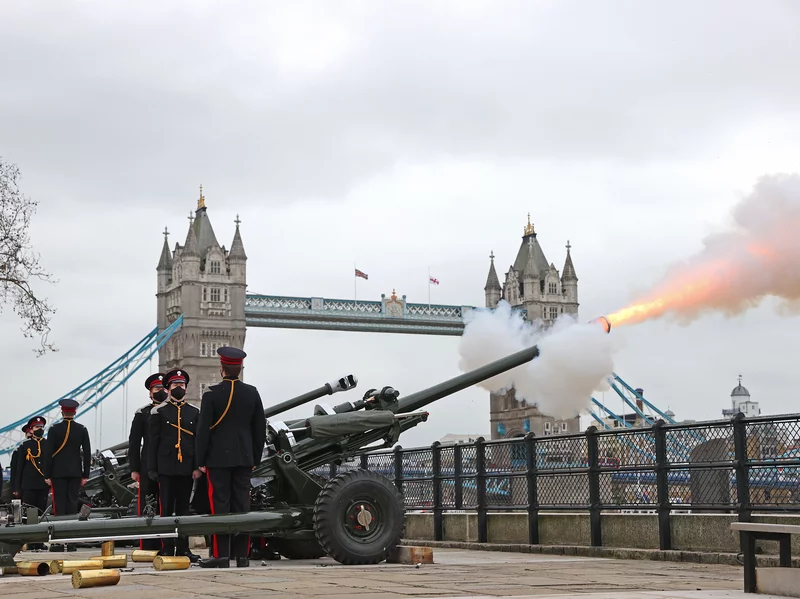 U.K military gun salutes across the country to honor Prince Philip after his death