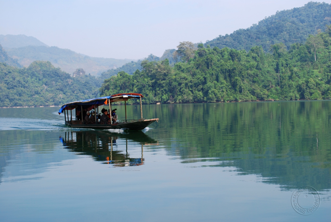 Worth-a- visit beautiful and charming lakes across Vietnam