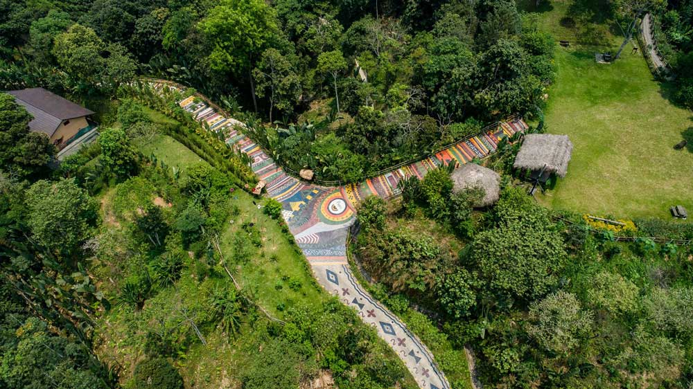 Stunning one-of-a-kind roads across Vietnam that become tourist's attraction