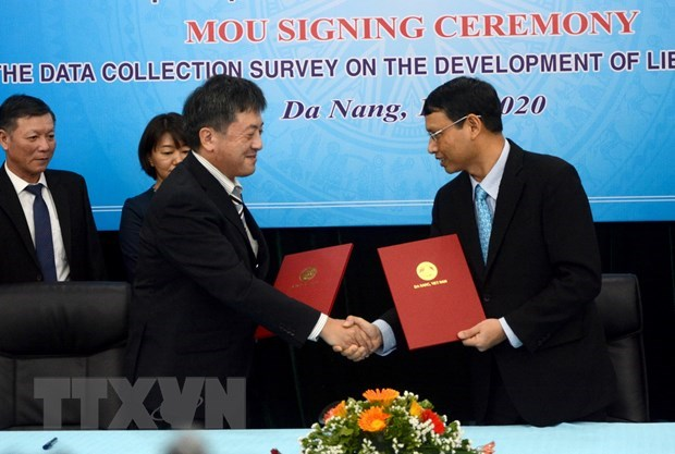 At the signing ceremony (Photo: VNA)