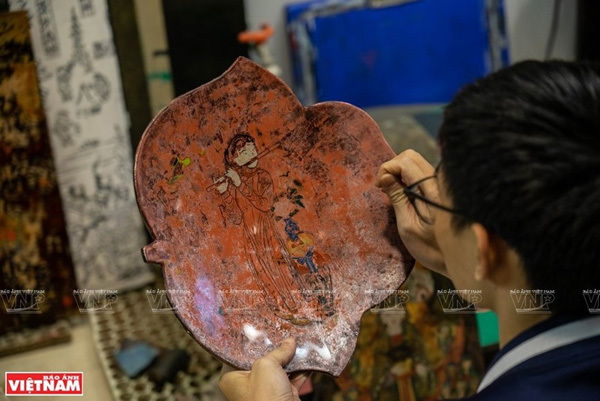 Hang Trong painting has been rated by researchers as highly aesthetical and sophisticated thanks to its woodblock printing and colouring techniques. The paintings also feature deep imprints of the culture and era when they came into being. (Photo: VNP/VNA)