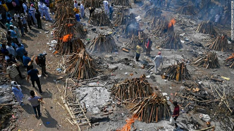 Burning funeral pyres of Covid-19 victims at a crematorium in India's capital on April 27. (Photo: CNN)