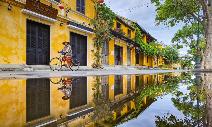 Pedestrian zones and night markets across Vietnam close due to Covid-19 surging