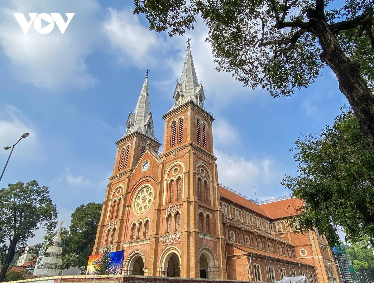 Ho Chi Minh City is one of 10 best destinations to live and work for digital nomads (Photo: VOV)