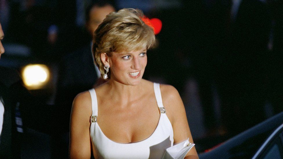 BBC Lord Hall resigns from National Gallery after Diana interview