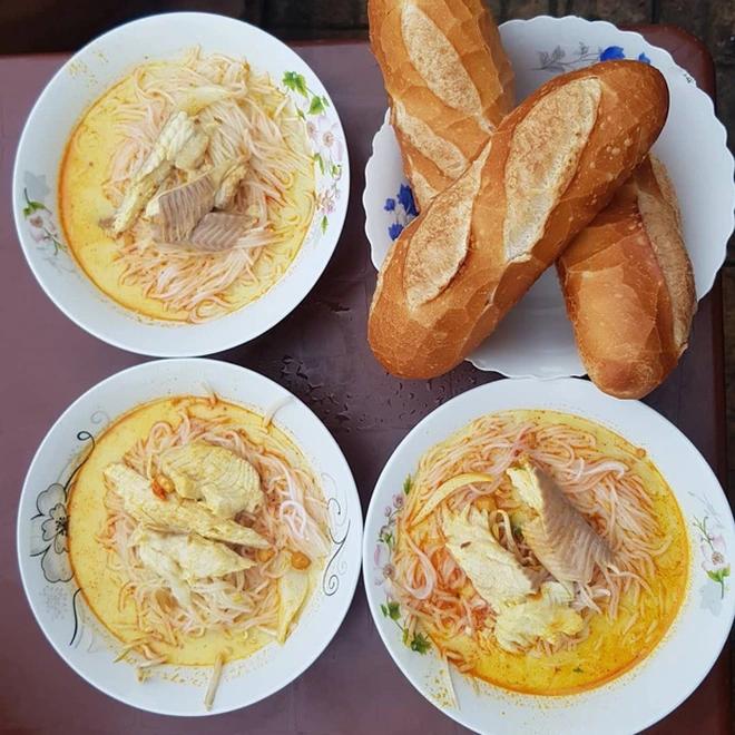 """Unique """"Bun Ken"""" Dish in Phu Quoc Island Impresses Touristst"""