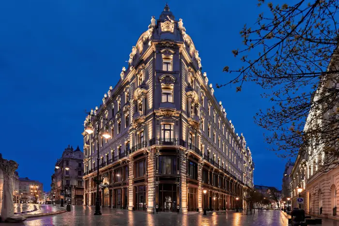 120-Year-Old Palace in Budapest Becomes Luxury Hotel