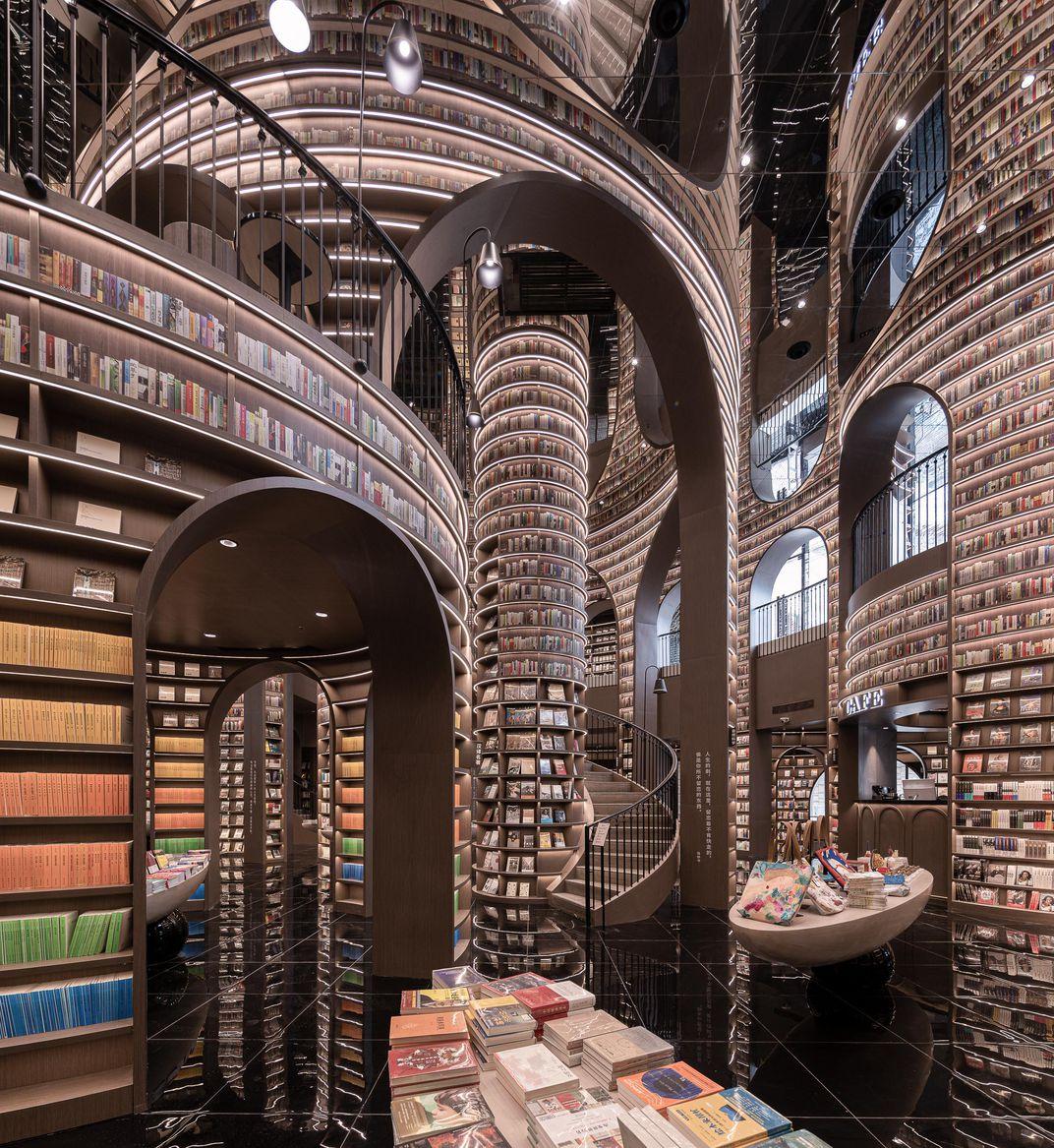 View of Dujiangyan Zhongshu bookstore (X+Living). Photo: Smithsonian