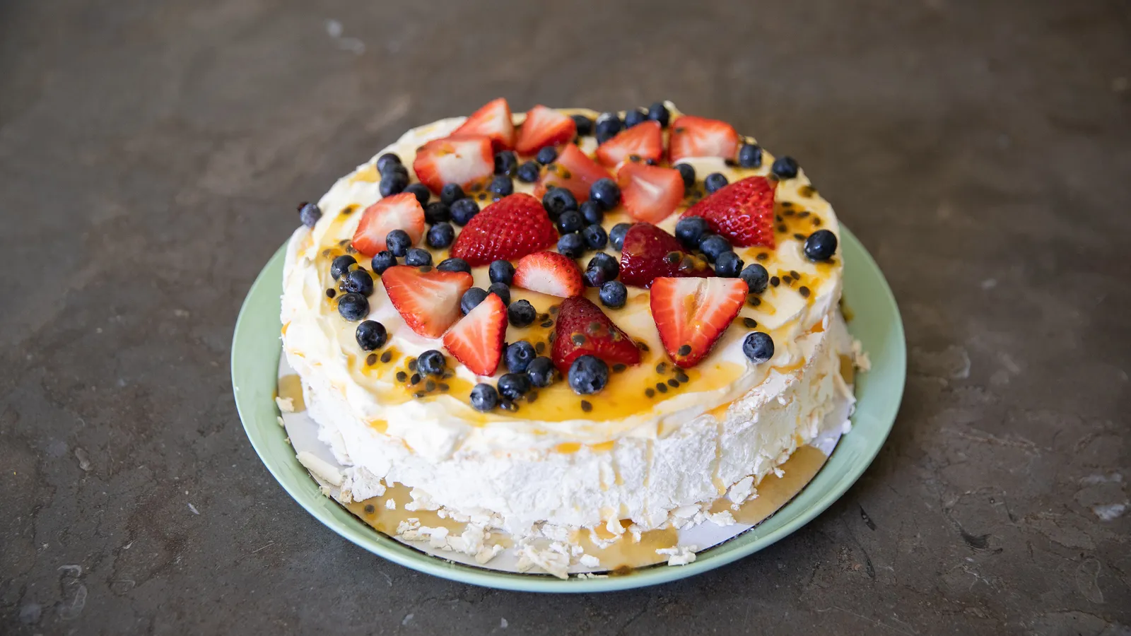 Discover The Most Famous and Delicious Cakes In The World - Tasteatlas