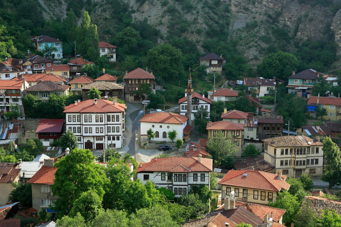 Mudurnu's historic Ottoman center (not pictured: turrets). SUAT ERACAR/ALAMY