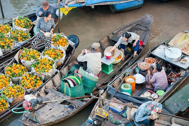 Rough Guides: Cai Rang Floating Market Voted Among World's Destinations