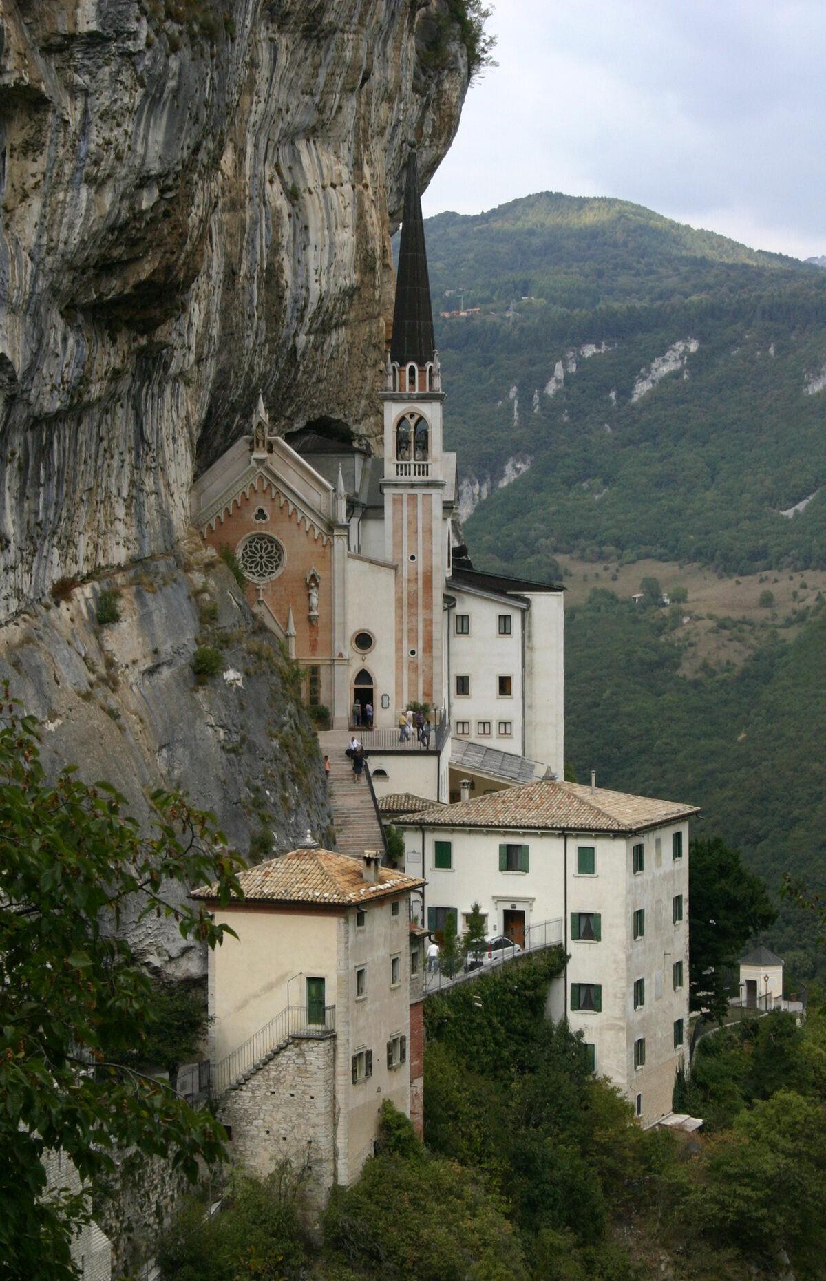 Santuario Madonna della Corona FRISIA ORIENTALIS