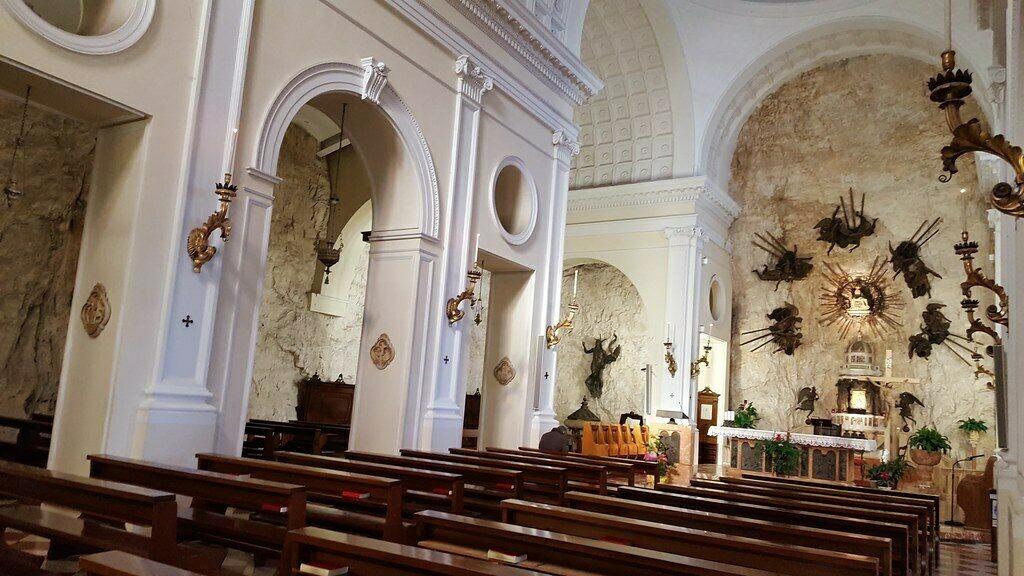 Church interior MARCO_ASK