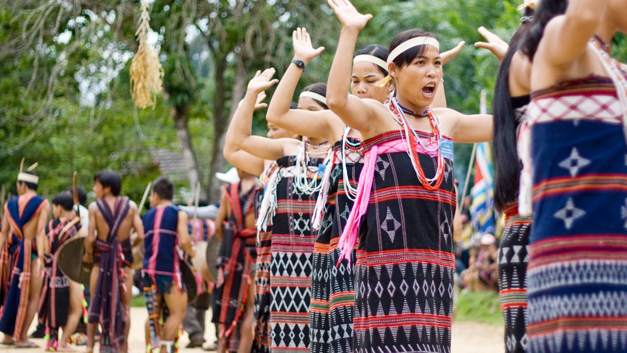 Co Tu people. Photo: Bho Hoong Bungallows