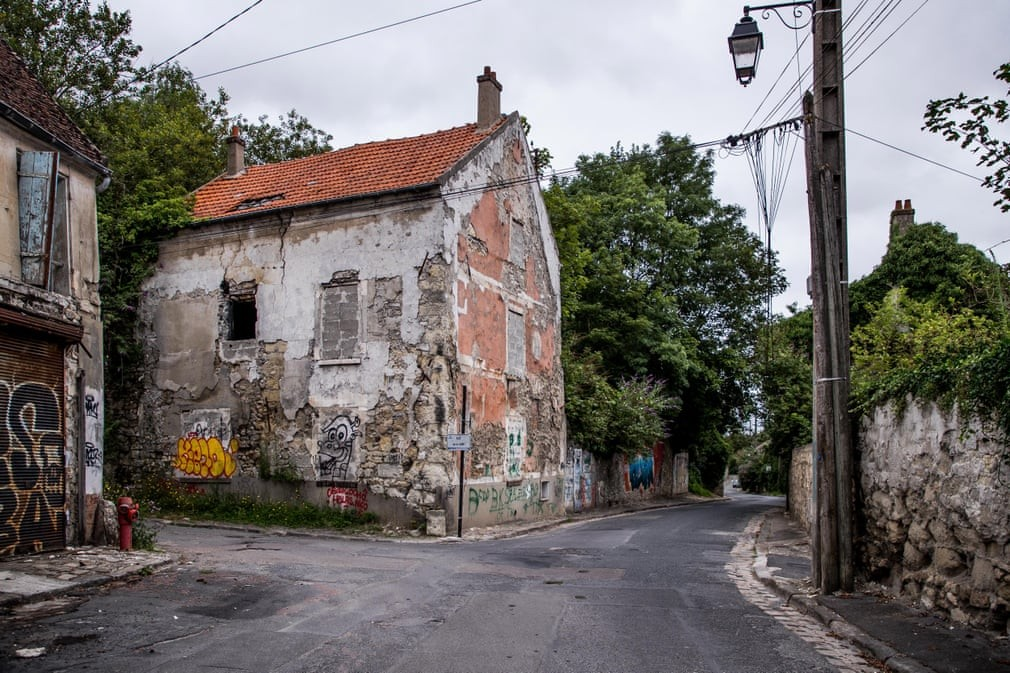 A deserted street at the Vieux Pays in Goussainville. Photograph: Christophe Petit-Tesson/EPA