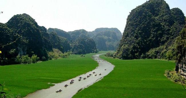10 Best Activities to Enjoy in Ninh Binh