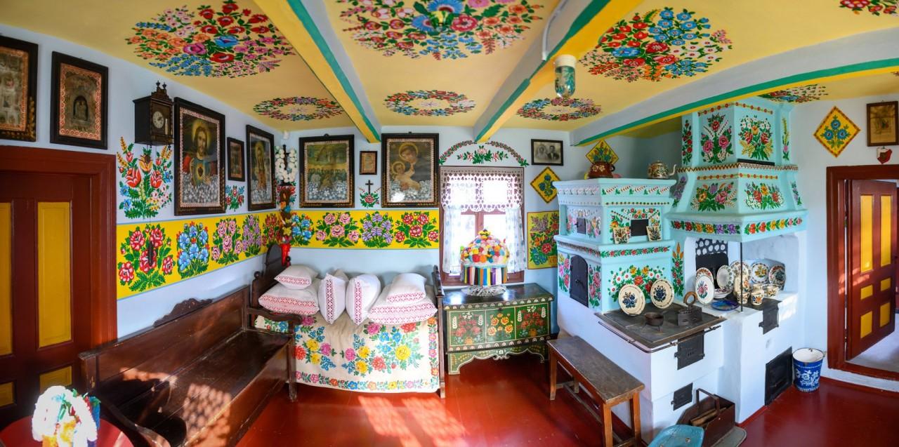 Inside the Felicja Curyłowa Farmstead Museum, Zalipie. Photo: Inyourpocket