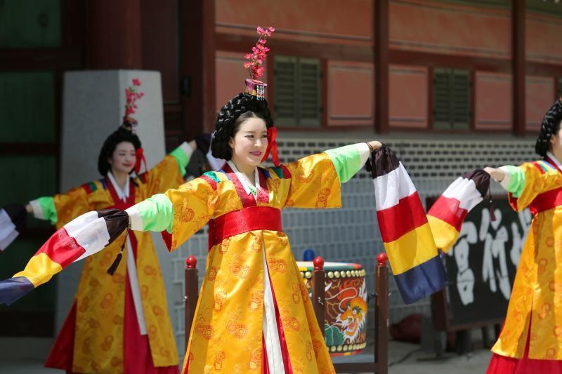 Photo courtesy of Suwon Cultural Foundation