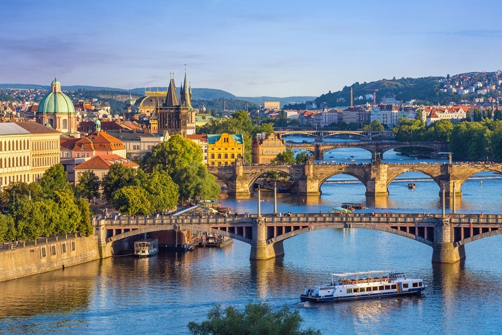 Visit Prague – The Most Beautiful City In The World