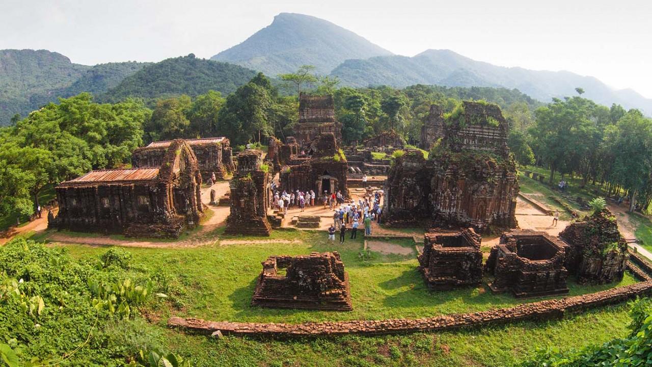 Top 10 Must-Visit Tourist Attractions in Vietnam