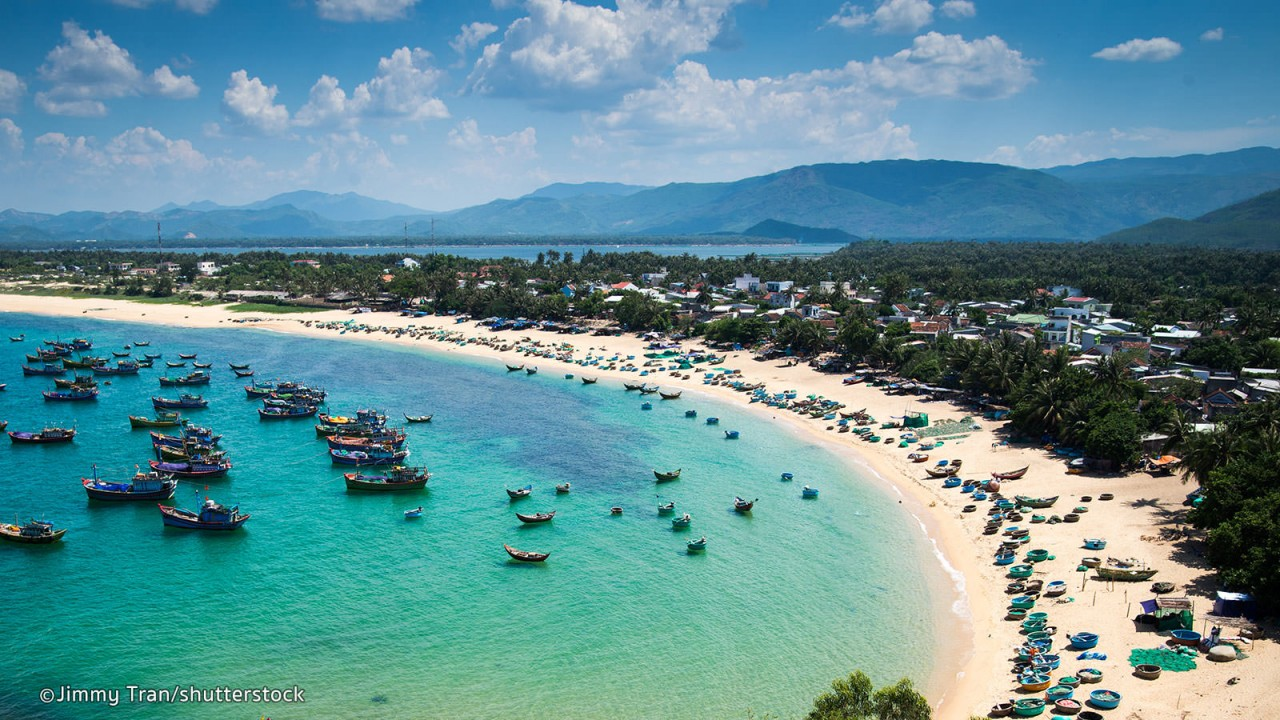 Visit The Most Beautiful Tourist Attractions in Phu Yen