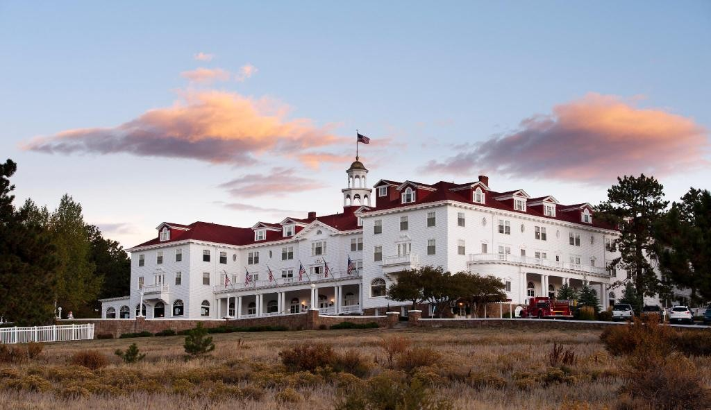 """Stanley Hotel: Inside The Hotel That Inspires """"The Shining"""""""
