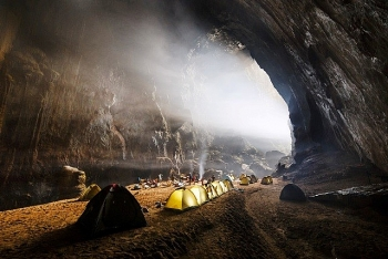 Son Doong Cave chosen as one of seven new wonders of the world by Conde Nast Traveler