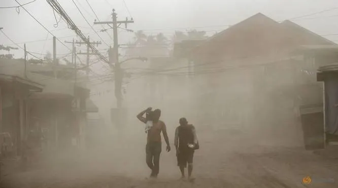 philippine volcano shuts down manila triggering tsunami warning