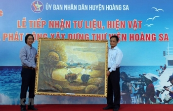 Da Nang gets documents on Vietnam's sovereignty over Hoang Sa archipelago
