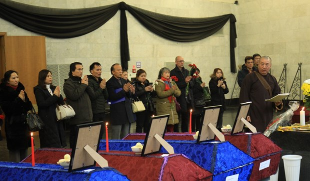 funeral held for eight vietnamese killed in moscow farm fire