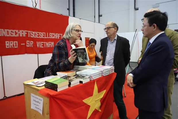 vietnamese culture introduced in germanys afa augsburg spring fair 2020
