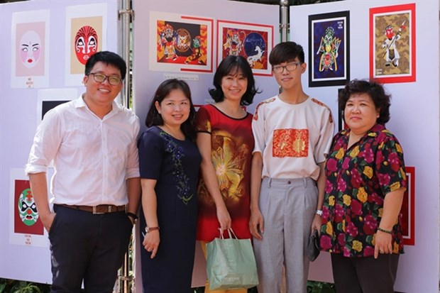 9x student enlivens traditional theatre figures