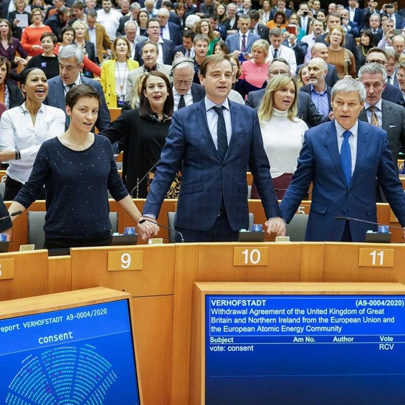 european parliament gives final approval to brexit deal