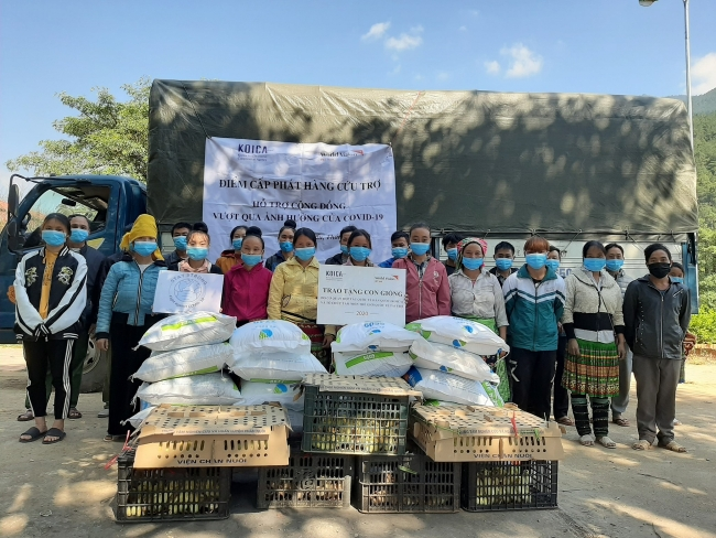 World Vision Vietnam continues to provide more aid for vulnerable